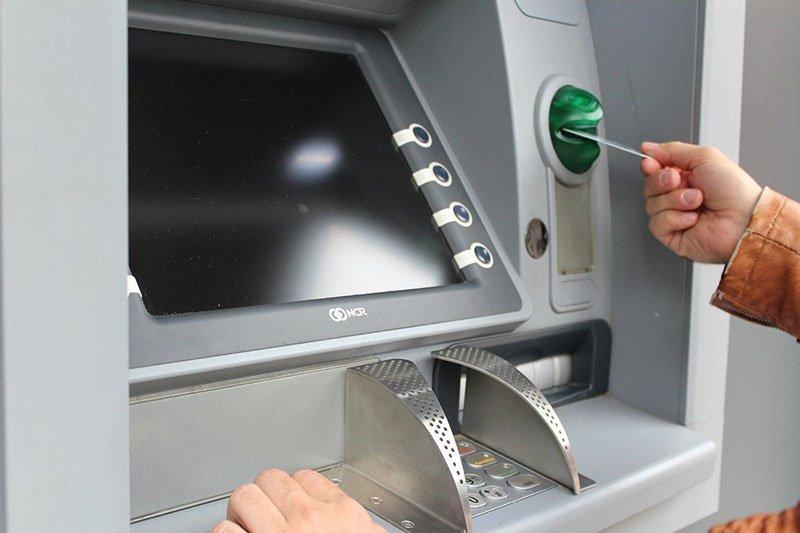 Cash-BankingFinance-21